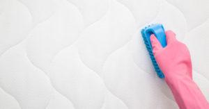 come-eliminare-macchie-materasso